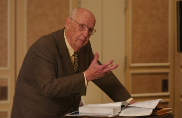 Jim leading a 2008 workshop on Covenant history