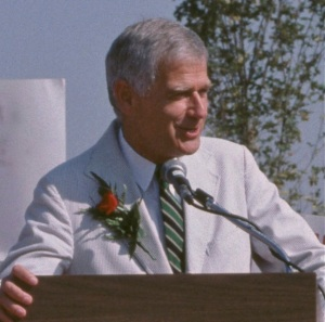 Mark Hatfield speaking in 1986
