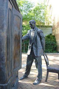 C.S. Lewis Statue in Belfast