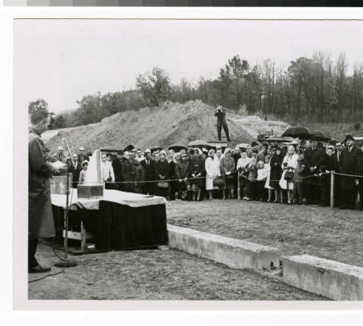 Virgil Olson at 1964 Bethel Seminary ceremony
