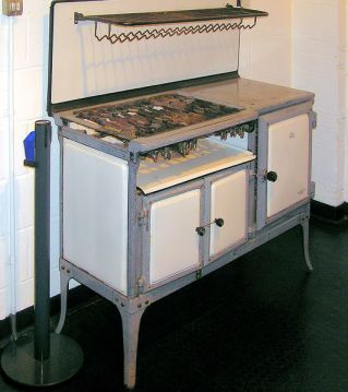 1930s Gas Stove