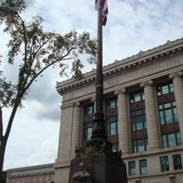 Duluth Soldiers and Sailors Monument