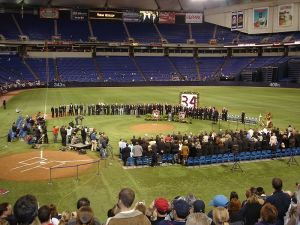The 2003 tribute at the Metrodome