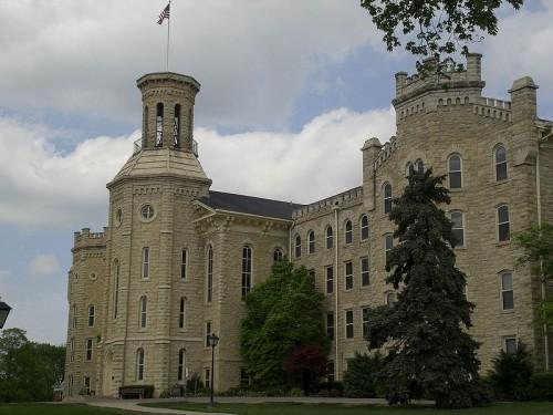 Blanchard Hall at Wheaton College
