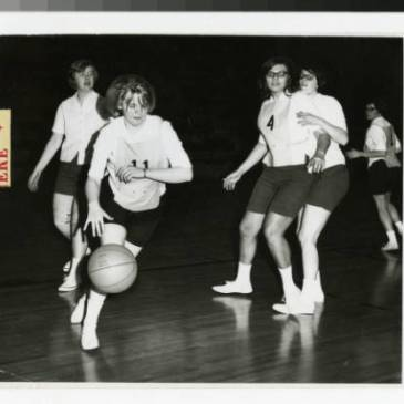 Women's basketball at Bethel College, 1966-1967