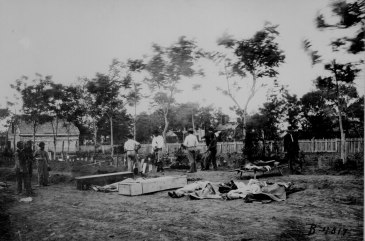 Burying the dead at Fredericksburg