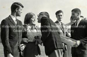 Olsson kissing homecoming queen