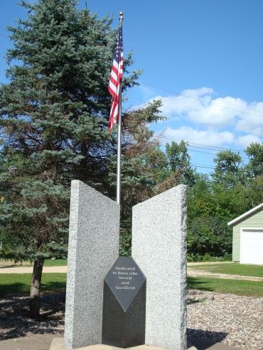 Flagpole and memorial at Veteran's Park in Wabasha, MN