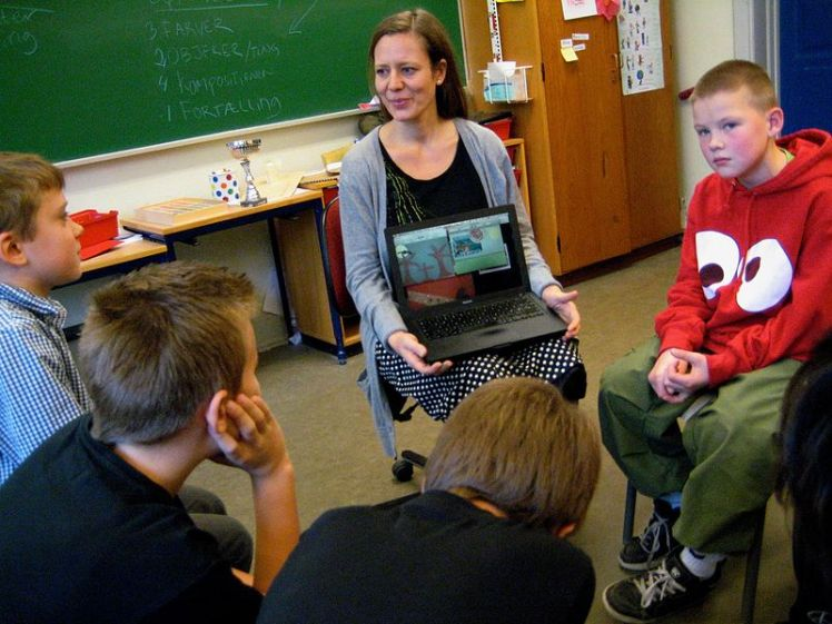 Teaching with a laptop