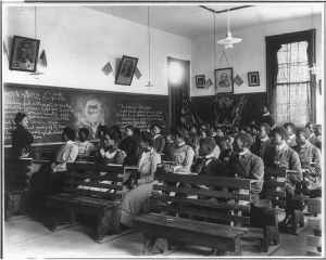 1902 history class at Tuskegee Institute