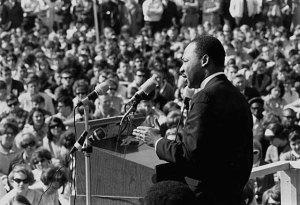 MLK at anti-war rally at University of Minnesota