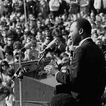 MLK at anti-war rally at University of Minnesota