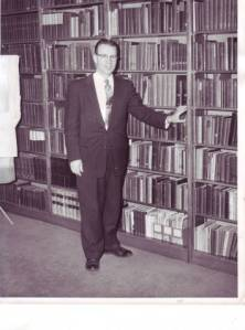 Carl Lundquist in the Bethel library, 1950s