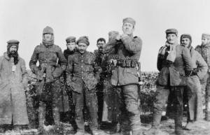 Photo of British and German soldiers during the truce