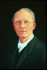 Portrait of an older Edgren