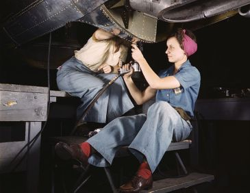 Women working in a bomber factory in 1942