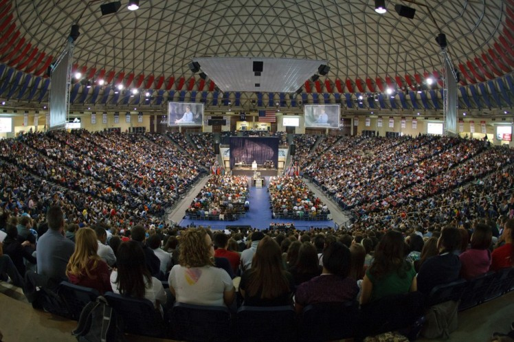 Convocation at Vines Center