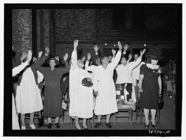 Pentecostal women in Chicago in 1941