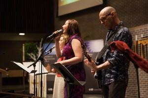 Contemporary worship at Salem Covenant Church