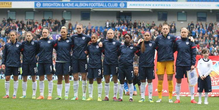 England women's national football team before a 2014 match