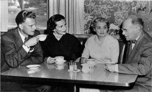 Billy Graham, Raymond Edman, and their wives