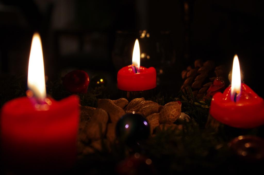 candle light an advent meditation the pietist schoolman. Black Bedroom Furniture Sets. Home Design Ideas