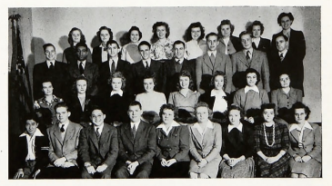 Bethel freshmen in the fall of 1943