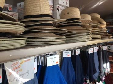 Amish straw hats at another country store near Hazleton
