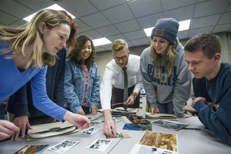 Charlie Goldberg and Bethel University digital humanities students