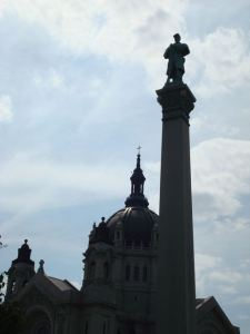 Soldiers and Sailors Monument in St. Paul, MN