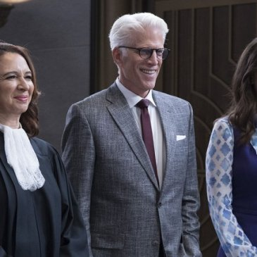 Maya Rudolph, Ted Danson, D'Arcy Carden in The Good Place