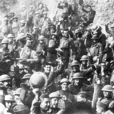 American soldiers celebrating the armistice of 1918